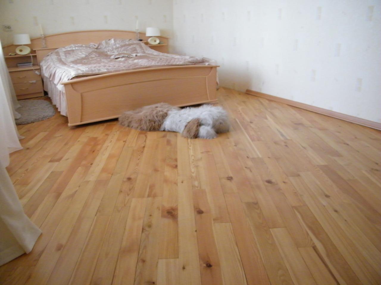 Как лучше сделать пол в спальне